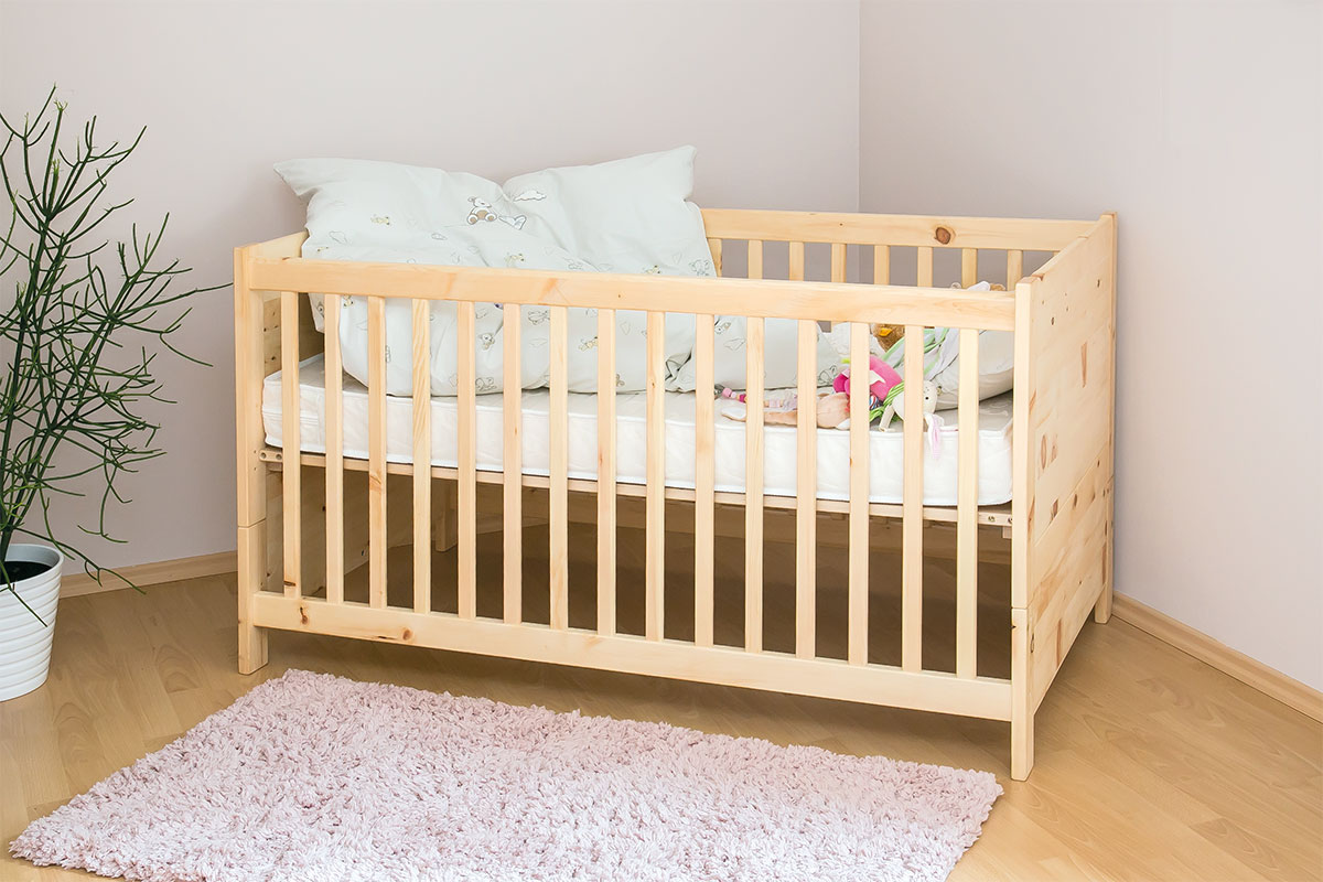 zirbenholz gitterbett betten die holzartikel. Black Bedroom Furniture Sets. Home Design Ideas